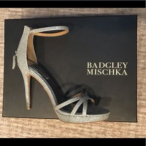 "Badgley Mischka Shoes - BADGLEY MISCHKA (SZ 6.5) ""SIGNIFY"" HEELS"
